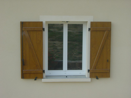 Prix d une fenetre double vitrage pvc affordable glassgow for Fenetre baie window prix