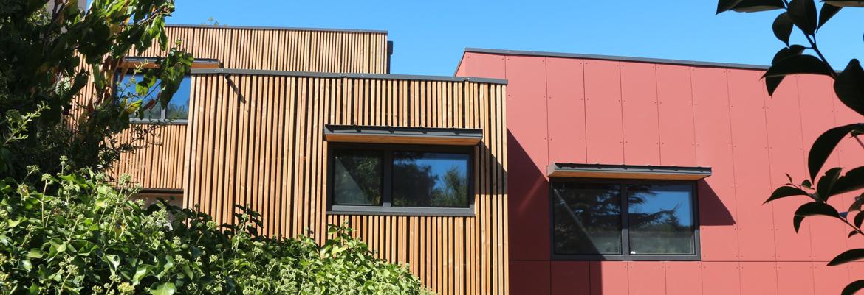 Fenêtres aluminium à ouvrant caché pour plus de vitrage et de lumière