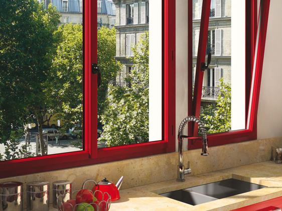 Fenêtre aluminium rouge pourpre RAL 3004