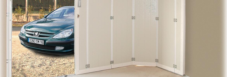 Porte de garage sectionnelle latérale fabriquée en France